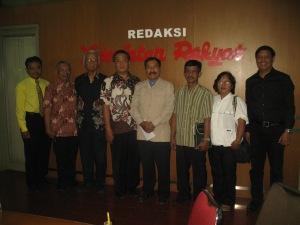 Haryadi Baskoro mendampingi Masyarakat Kristiani Indonesia menyampaikan aspirasi melalui Koran Kedaulatan Rakyat (12 Juni 2013)